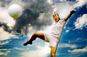 10-Reasons-Girls-Should-Play-Soccer-Too-MainPhoto